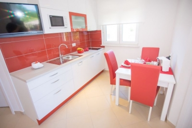 VILLA Birikin A/2 Red App. with Swimming pool: