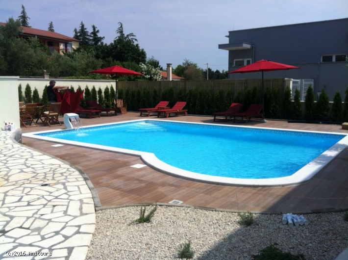 VILLA Birikin A/2 Red App. with Swimming pool